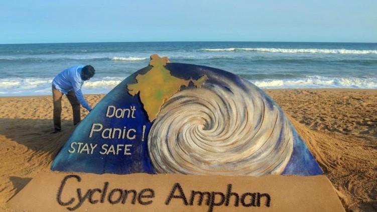 amphan cyclone odisha shore
