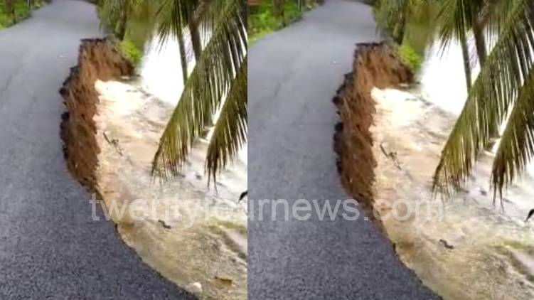 road had been lowered into the river in Alappuzha