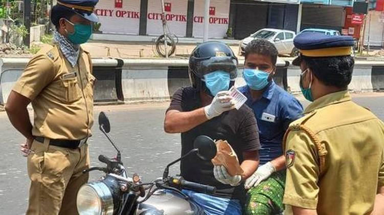 9 police officer under observation malappuram