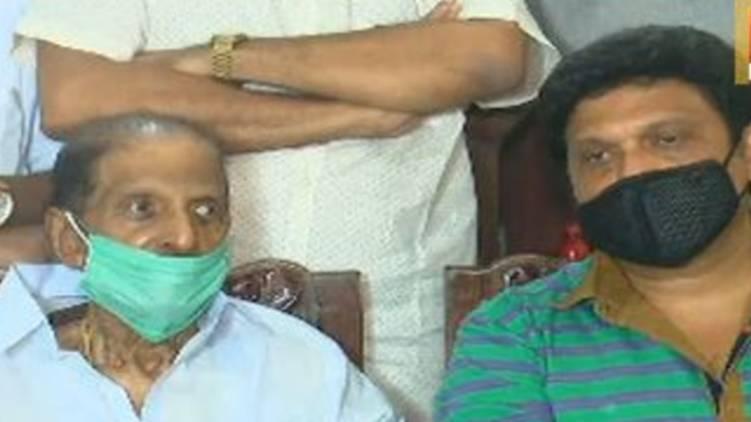 wont leave ldf says r balakrishna pillai kb ganesh kumar