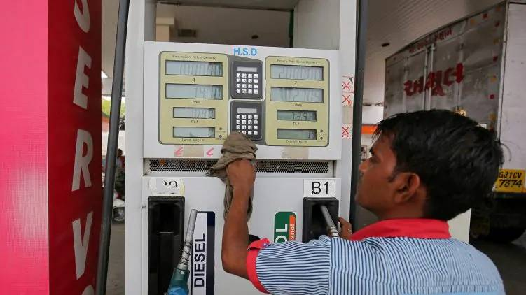 fuel price hiked tenth day india