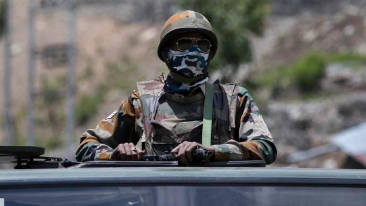 India ready with military equipment ladakh border