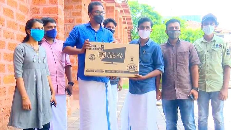 ksu sfi join hands helping student online class