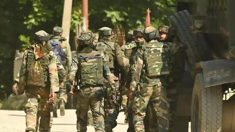 Pakistan ceasefire 4 injured