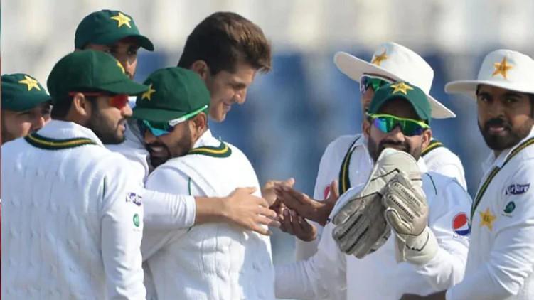 michael holding pakistan team