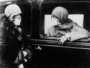 fake Spanish flu pictures 24 fact check