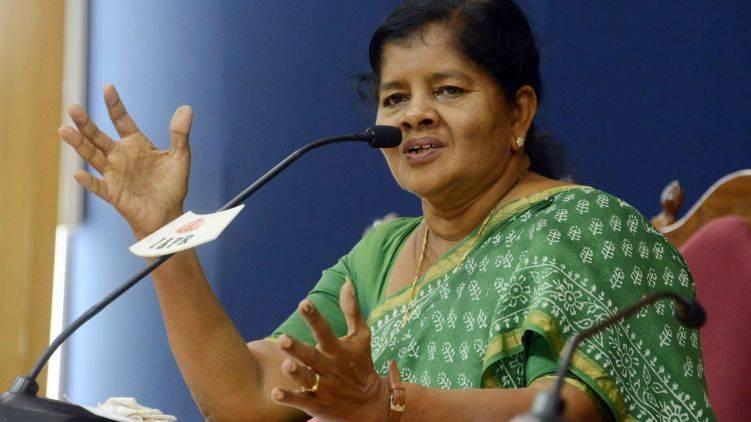 kollam should maintain high alert says minister j mercykutty amma
