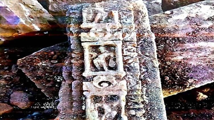 sc dismisses plea to preserve ayodhya artifacts