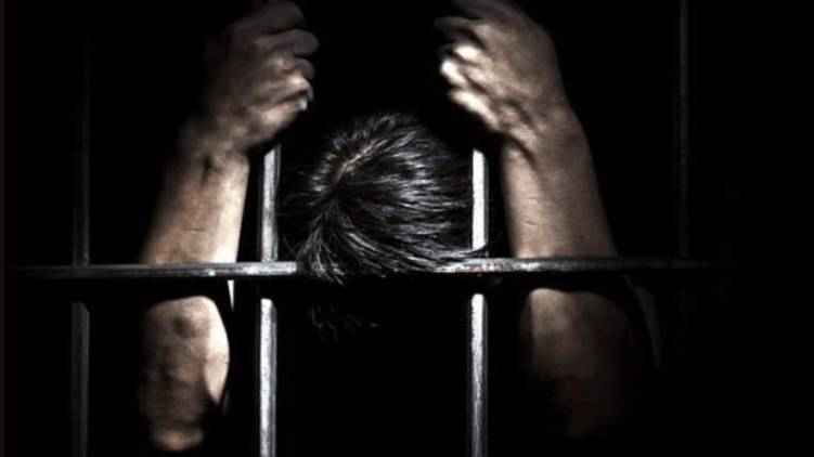 kannur covid confirmed man escapes prison