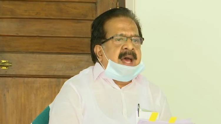 wont support complete lockdown says chennithala