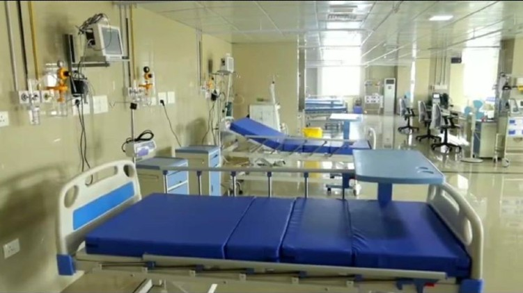 icu in ernakulam medical college