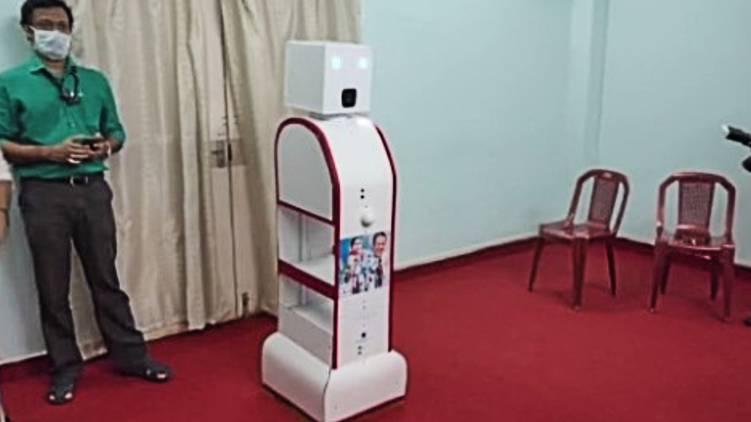 pariyaram medical college robot