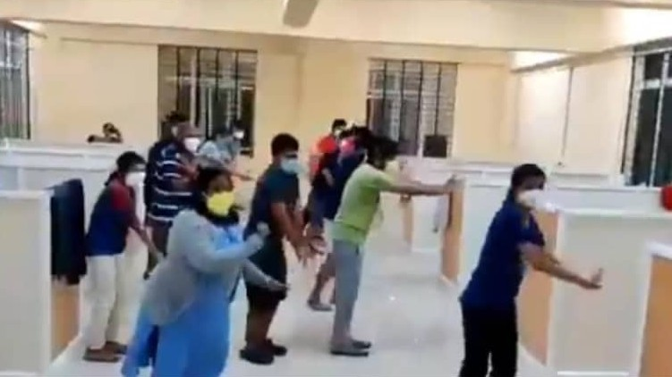 coronavirus patients flash mob