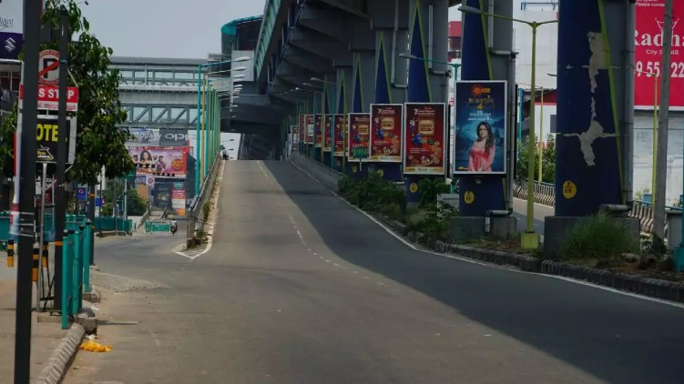 complete lockdown pinarayi vijayan