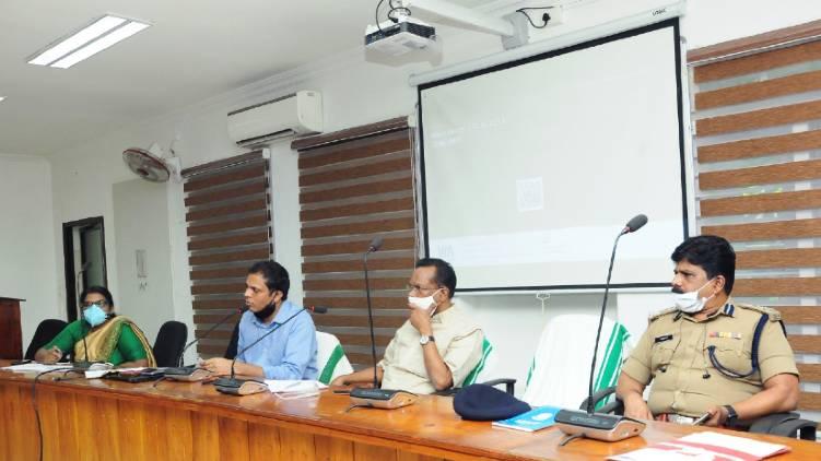 COVID Kozhikode; Minister TP Ramakrishnan