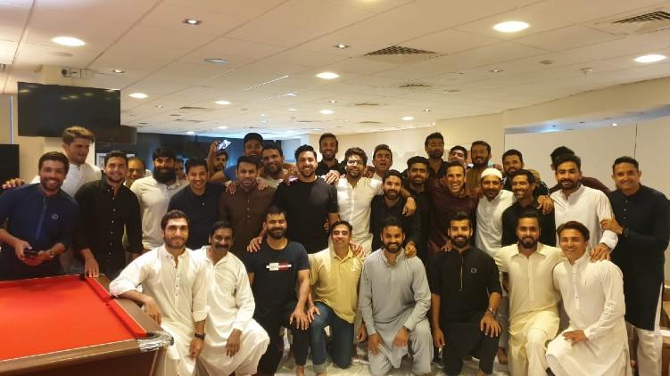 pak cricket team eid