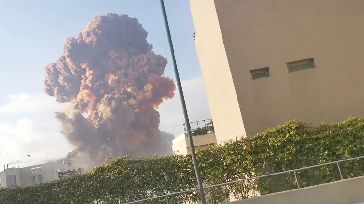 huge explosion in beirut