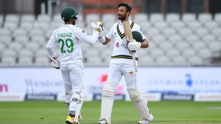 pakistan england second day