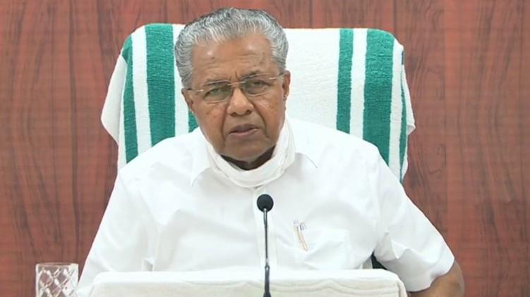 pinarayi vijayan criticises media