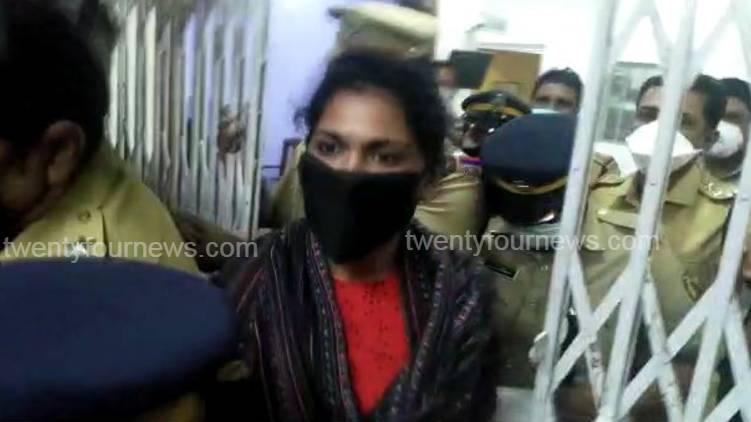 rahna fathima arrested