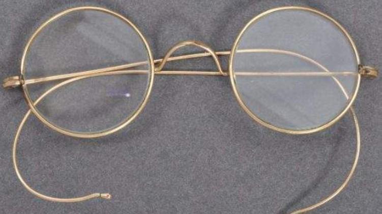 Mahatma Gandhis spectacles auctioned