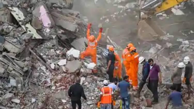 raigad building collapsed 15 dead