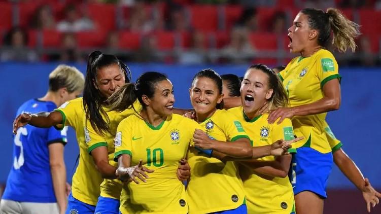 Brazil equal pay football