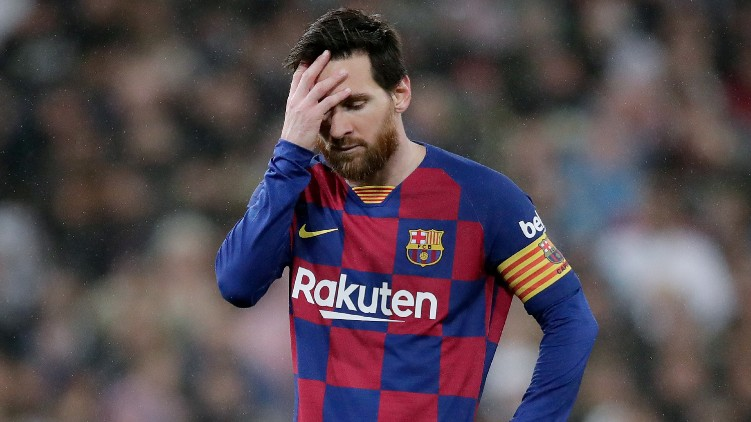Lionel Messi staying Barcelona
