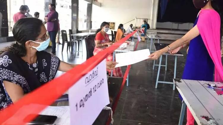 number of covid positives has crossed 9000 in Ernakulam