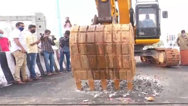 palarivattom over bridge demolish begun