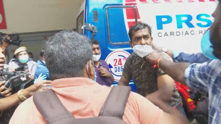 beaten up journalists; hospital employee was arrested