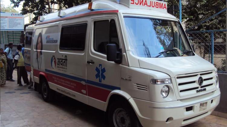 Covid pregnant woman ambulance