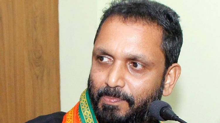 K Surendran against pinarayi vijayan and CPI (M) central leadership