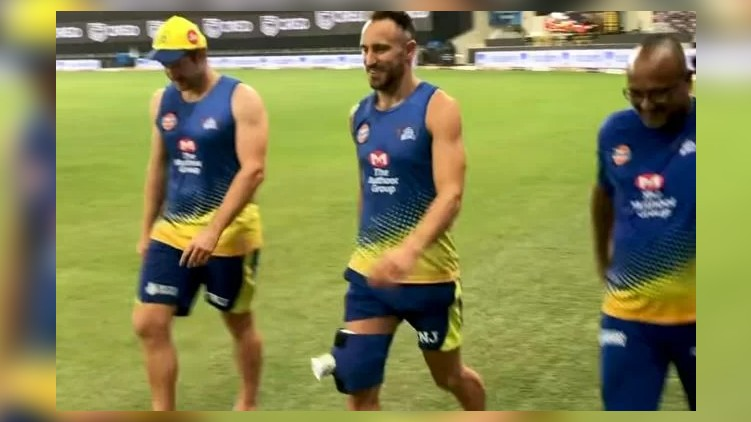Faf du Plessis injury