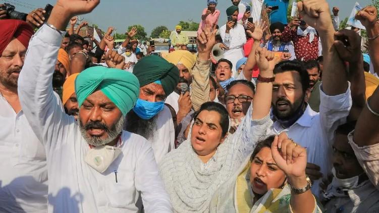 Negotiations farmers organizations Delhi