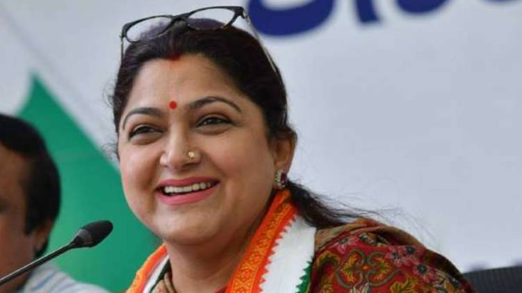 khushboo resigned from congress