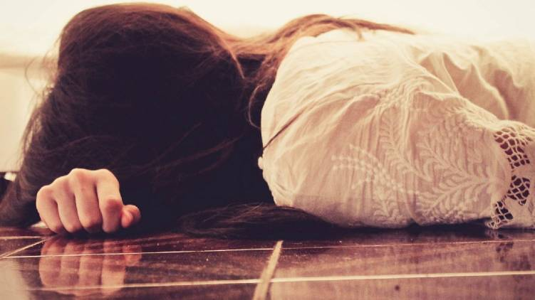 two reasons behind girl suicide kerala