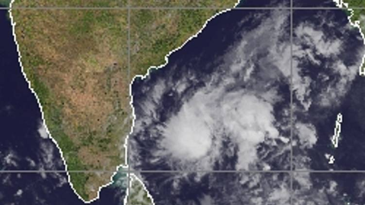 potential for low pressure in bay of bengal