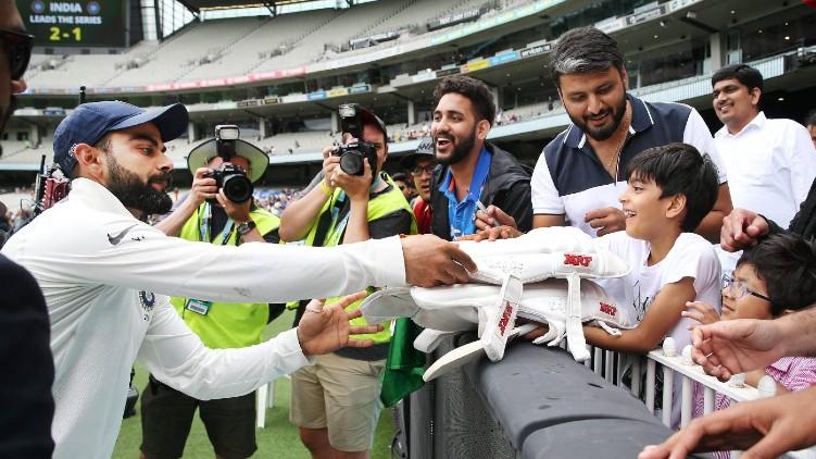 fans test matches australia