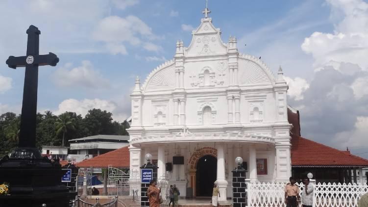Police move to take over Kothamangalam Marthoman Church