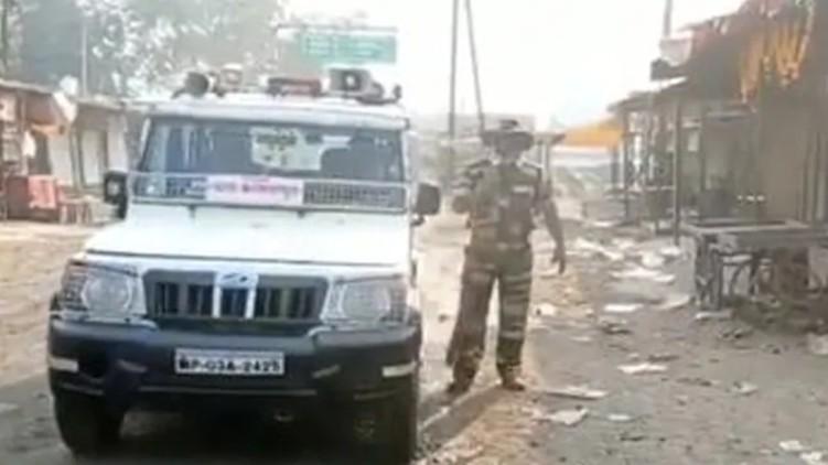cop notice Sholay dialogue