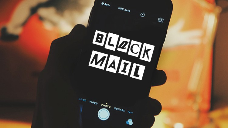 blackmailing extorting 1.25 crore