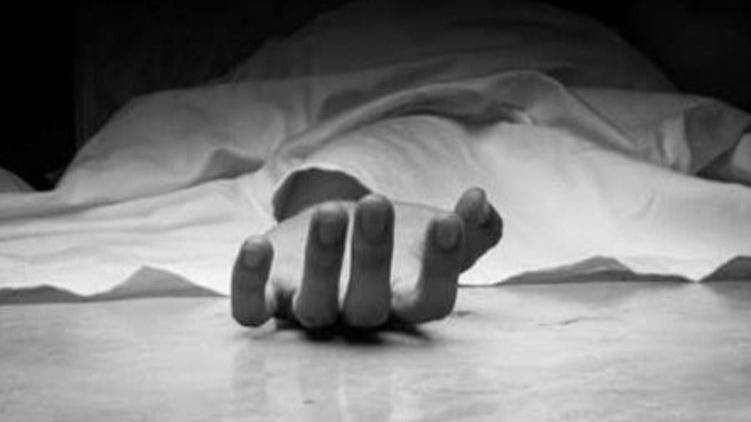 patient was found hanging dead in Covid ward