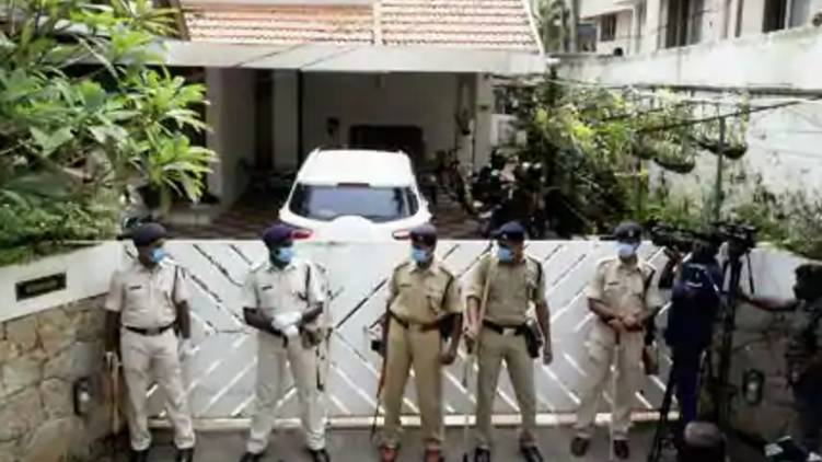 bineesh kodiyeri home raid ended