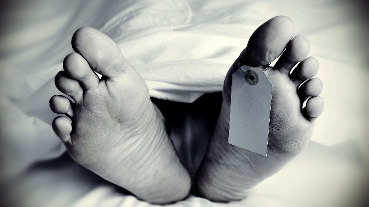 man to collapsed died
