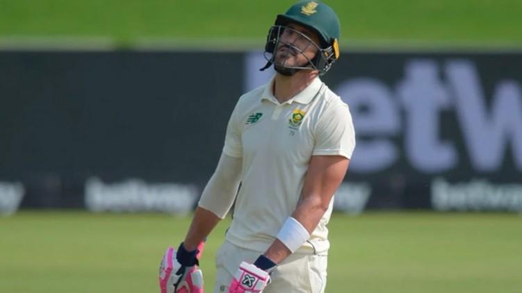 Du Plessis double century