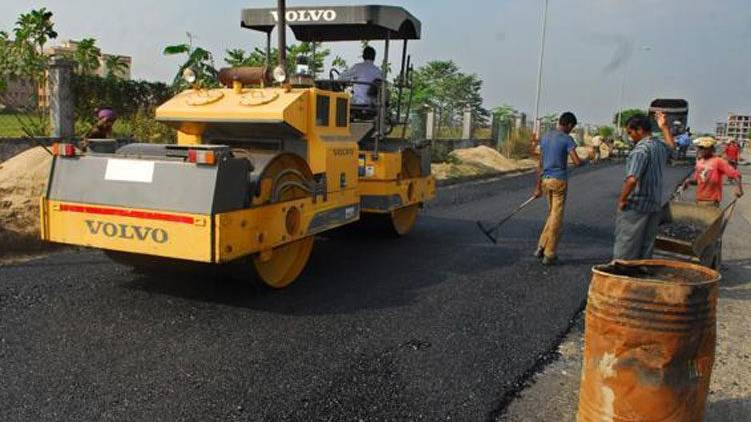 Irregularities in road construction; Direction for action against officers
