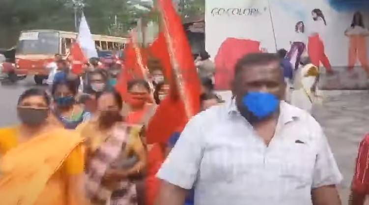 Public protest in Alappuzha municipality; action was expected
