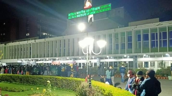 delhi aiims nurses strike