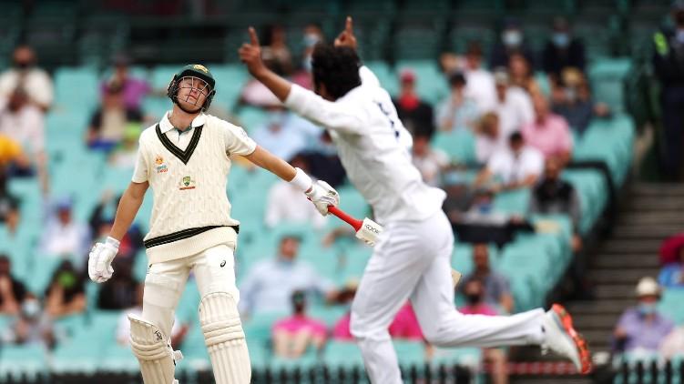 australia wickets india test